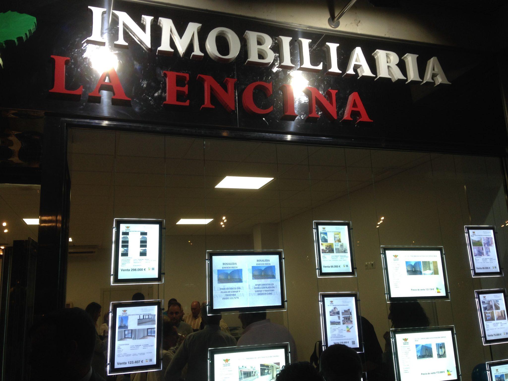 Inmobiliaria La Encina abre sus nuevas oficinas en el Bulevar de La Rosaleda 2