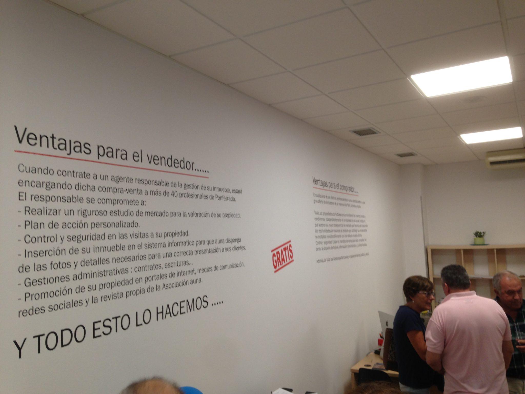 Inmobiliaria La Encina abre sus nuevas oficinas en el Bulevar de La Rosaleda 3