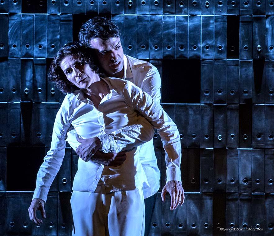 Un homenaje sin fisuras a la poética y la tragedia en la vida y obra de Lorca en el Teatro Bergidum 2