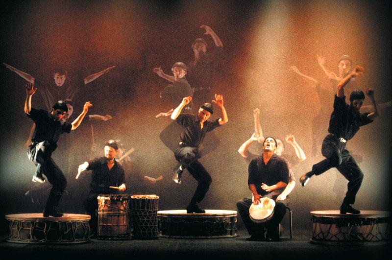 Camut Band ofrece un espectáculo de tap dance y percusión fresco, original, sorprendente y lleno de energía