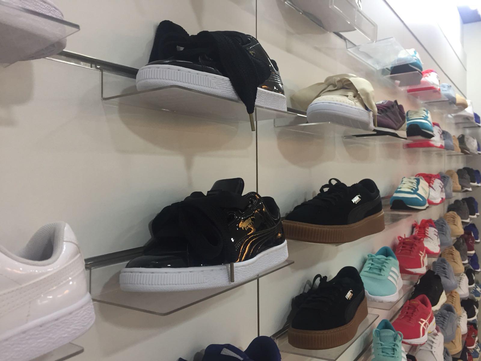 Distrito Federal Sport dice adiós a Ponferrada Liquidando toda la ropa y calzado 8