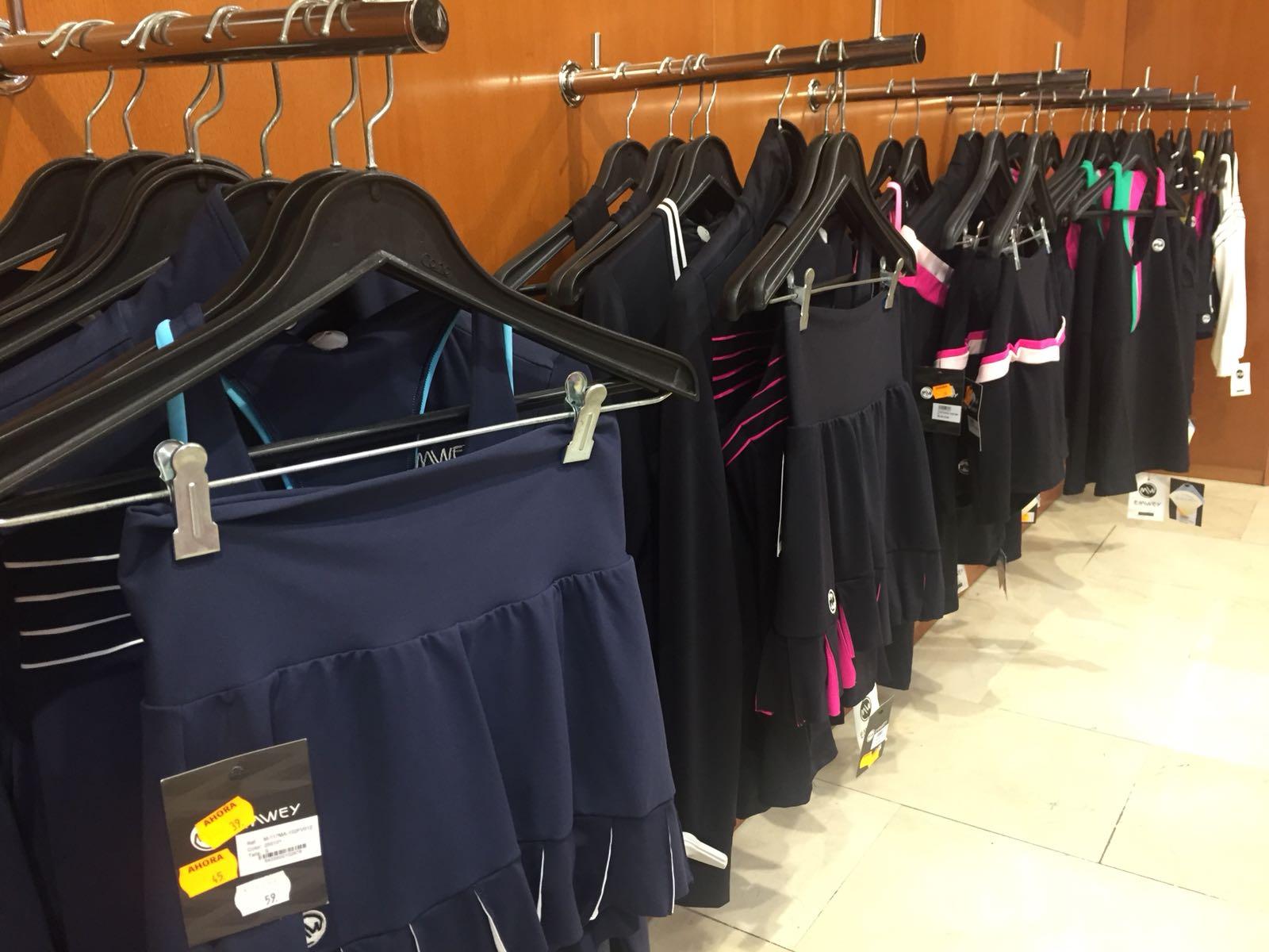 Distrito Federal Sport dice adiós a Ponferrada Liquidando toda la ropa y calzado 6