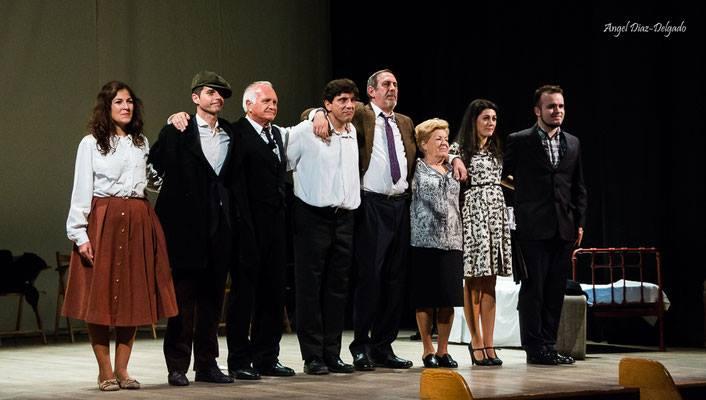 La compañía Tiramisú Teatro presenta en Cubillos del Sil la obra: 'El viaje a ninguna parte' 2