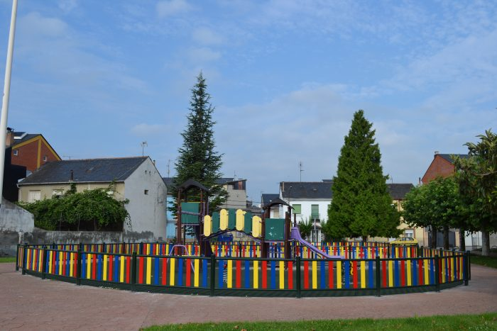 Camponaraya renueva y mejora los parques infantiles 2