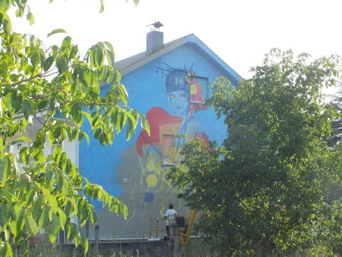 Mezclar berzas con graffitis, la I Residencia Artística MARCA STREET ART PROJECT revoluciona Cacabelos 4
