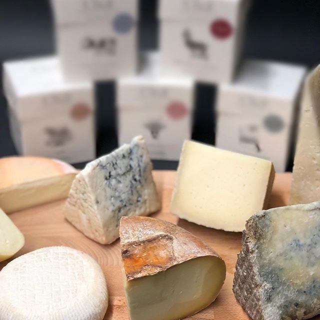 La Tetera Azul une a golpe de 'Click' el mundo de los quesos y las infusiones 2