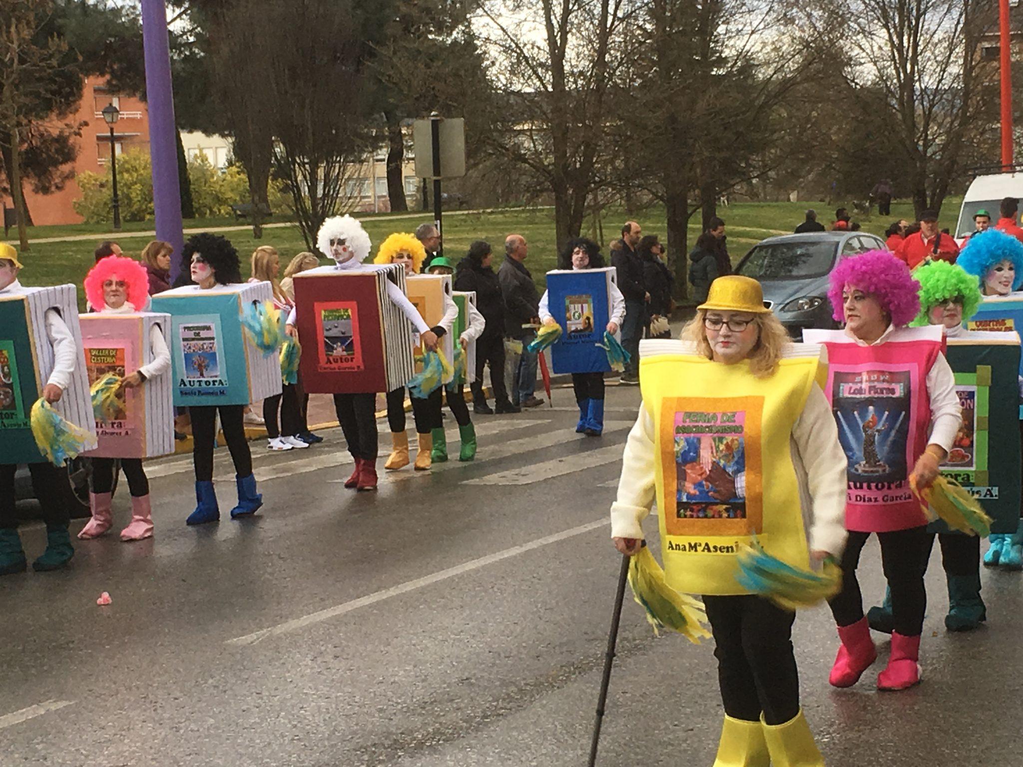 Álbum de fotos del martes de Carnaval 2019 en Ponferrada 37