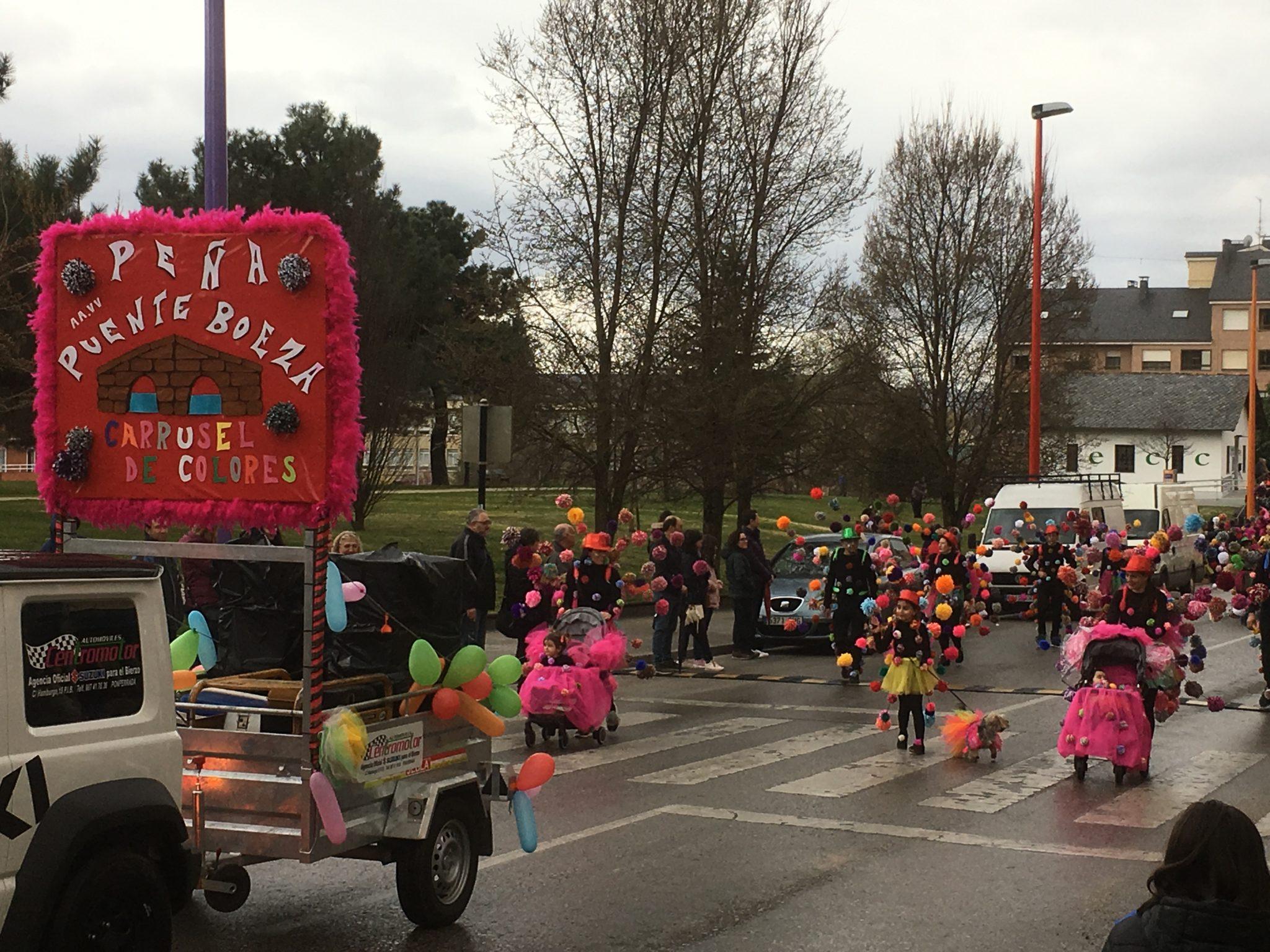 Álbum de fotos del martes de Carnaval 2019 en Ponferrada 36