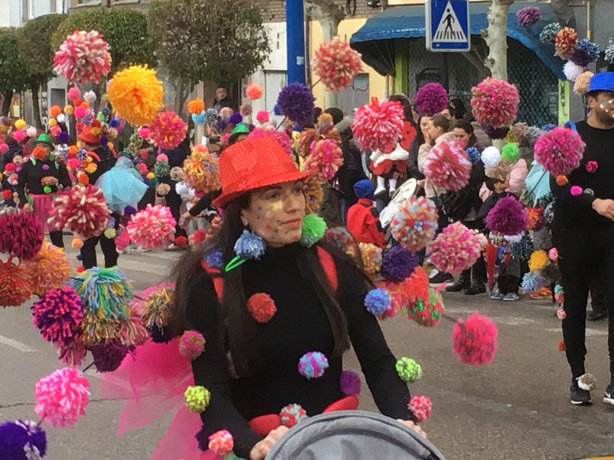 Álbum de fotos del martes de Carnaval 2019 en Ponferrada 34