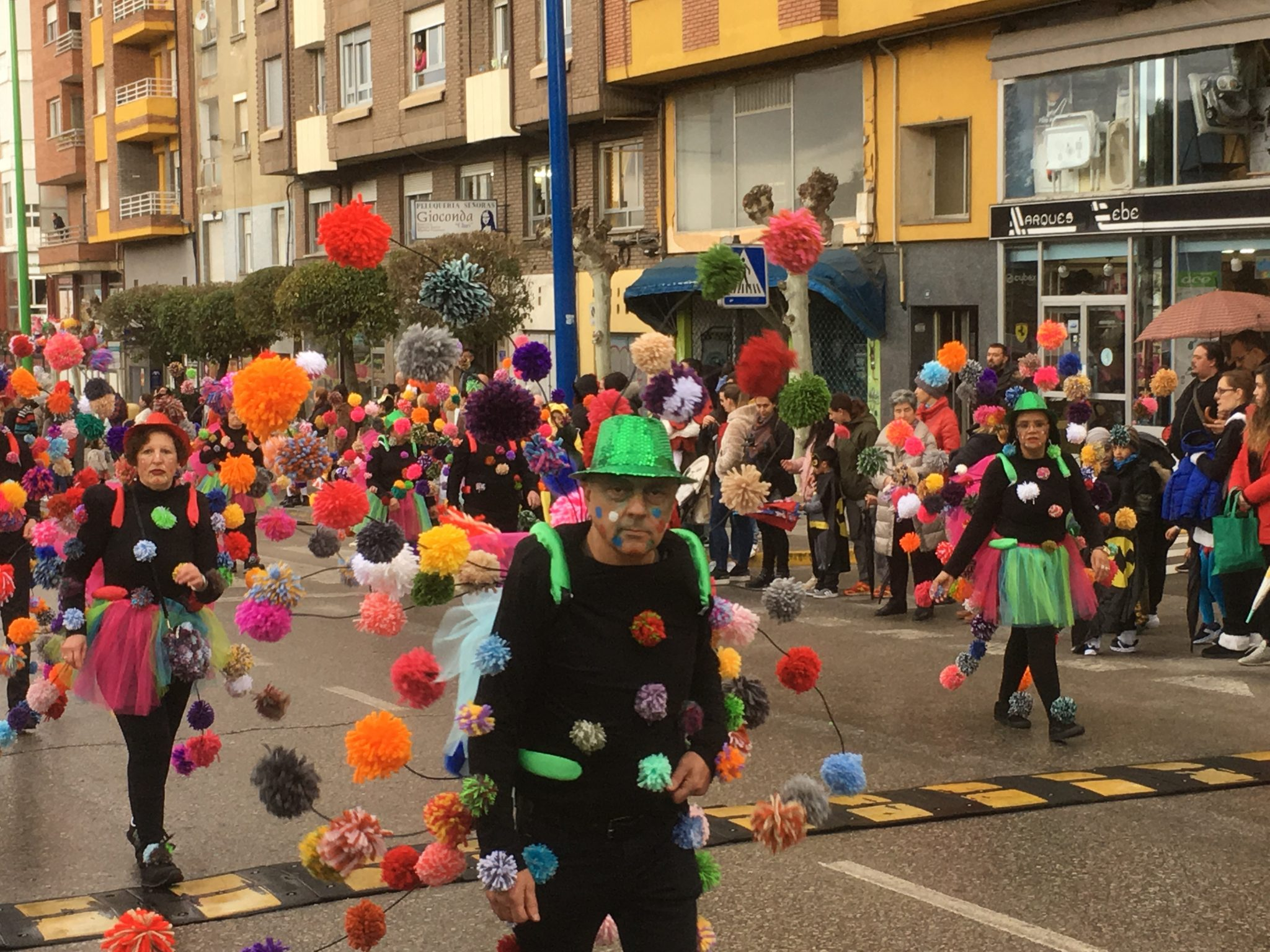 Álbum de fotos del martes de Carnaval 2019 en Ponferrada 33