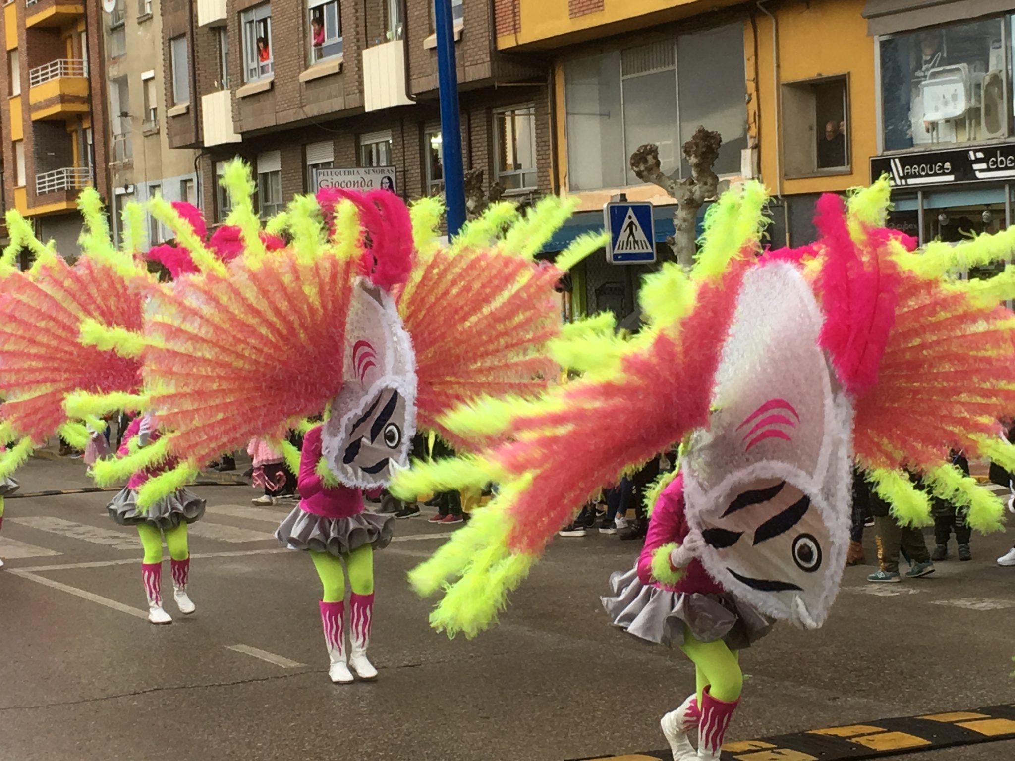Álbum de fotos del martes de Carnaval 2019 en Ponferrada 25