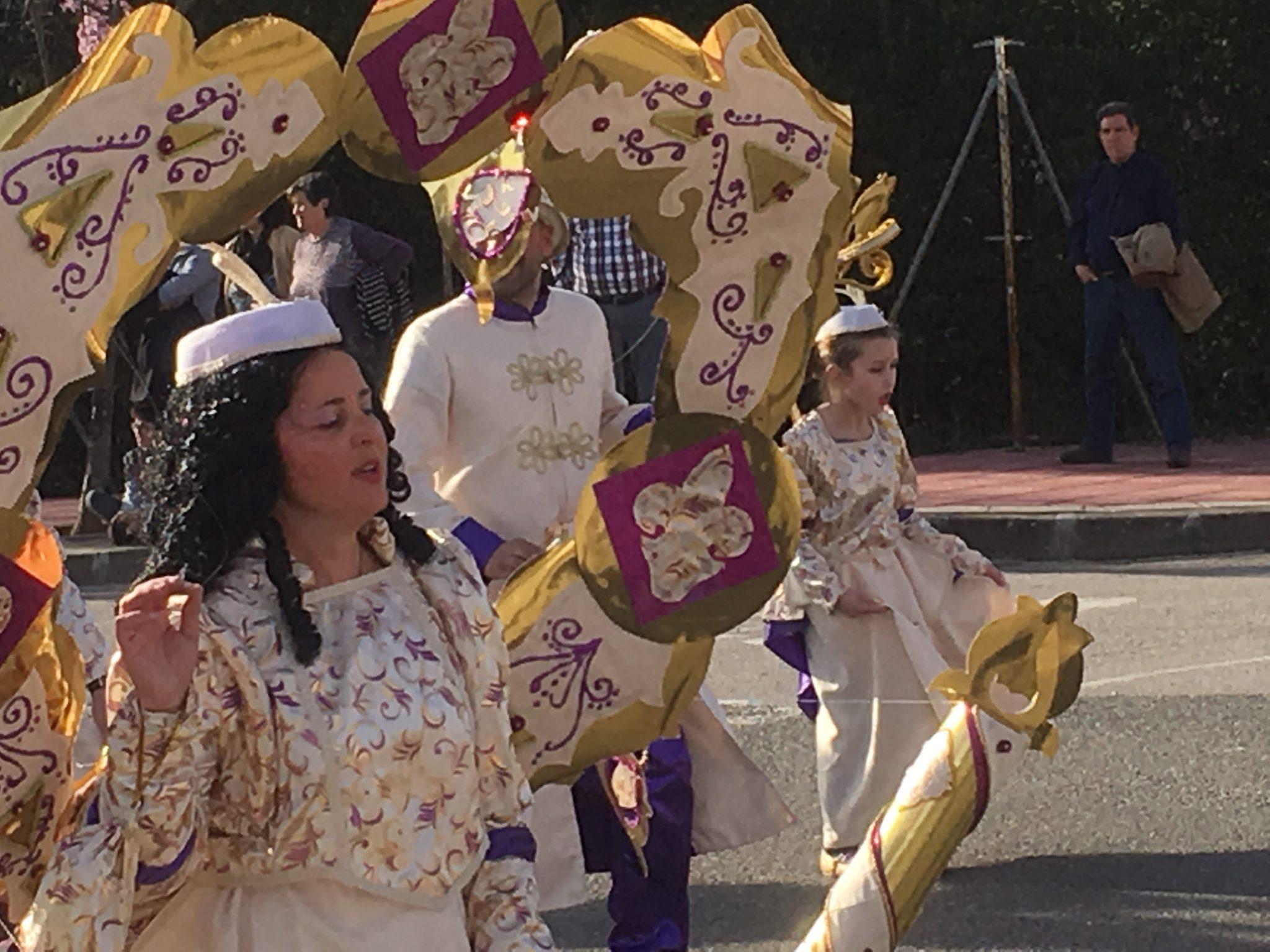 Desfile de Carnaval Cubillos del Sil 2019 - Álbum de fotos 32