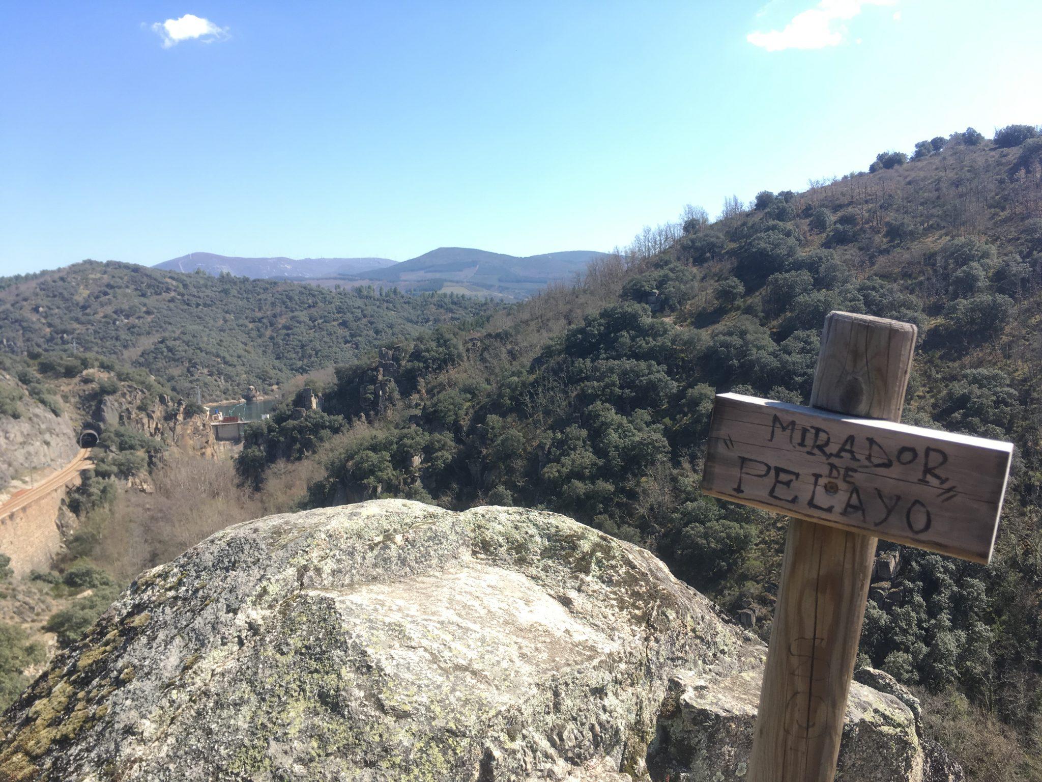 Senda de los Canteros. De Ponferrada a San Miguel de las Dueñas por la ribera del Boeza 6