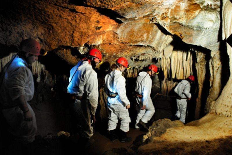 Cuevas para visitar con los niños cerca de El Bierzo 6