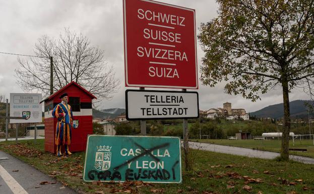 La comedia 'La pequeña Suiza', co-escrita por la berciana Sonia Pacios y Kepa Sojo se estrena este viernes 2