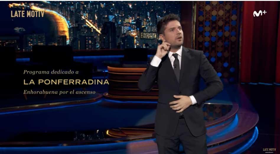 El humorista Miguel Maldonado se reconcilia con la afición de la Ponfe 2