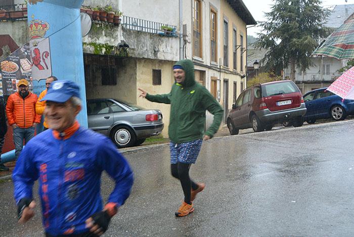 FOTOGALERÍA / La Dragontrail 2019 se disfruta bajo la lluvia 28