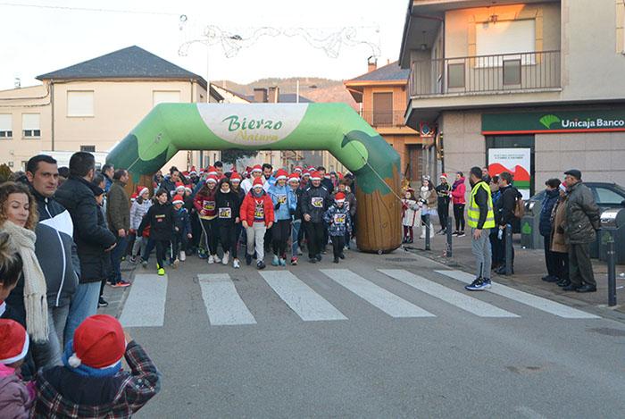 La tradicional carrera del turrón animó la Navidad de Cubillos del Sil 7