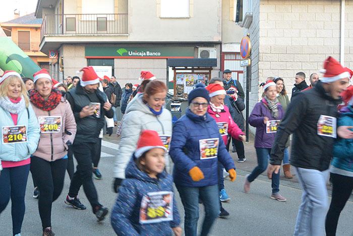 La tradicional carrera del turrón animó la Navidad de Cubillos del Sil 11