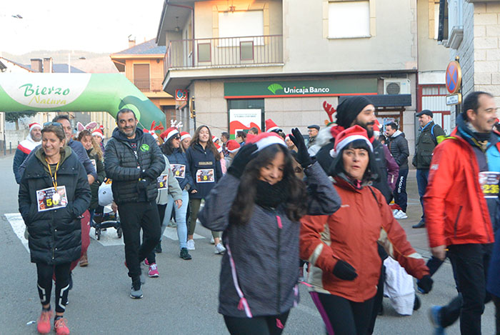 La tradicional carrera del turrón animó la Navidad de Cubillos del Sil 17