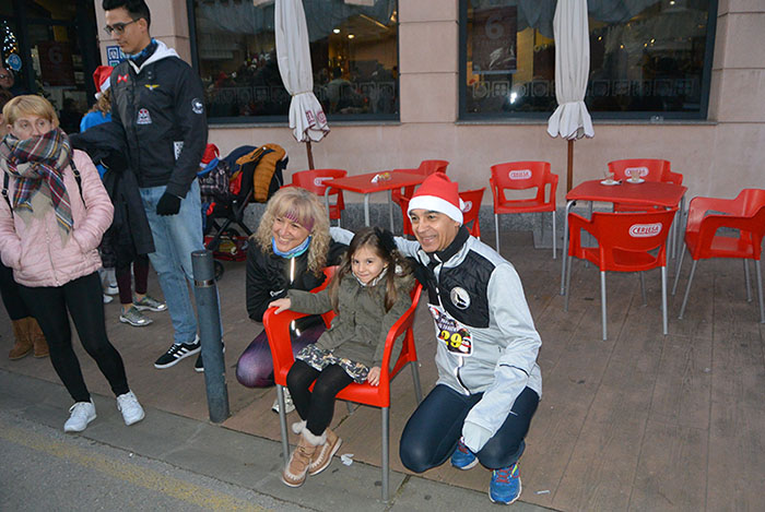 La tradicional carrera del turrón animó la Navidad de Cubillos del Sil 26