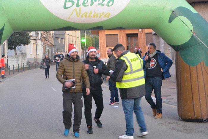 La tradicional carrera del turrón animó la Navidad de Cubillos del Sil 28