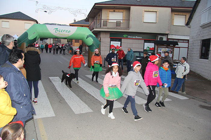 La tradicional carrera del turrón animó la Navidad de Cubillos del Sil 107