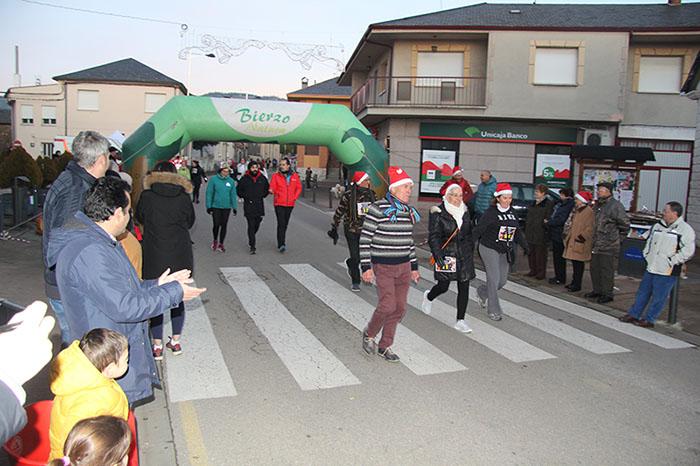 La tradicional carrera del turrón animó la Navidad de Cubillos del Sil 106