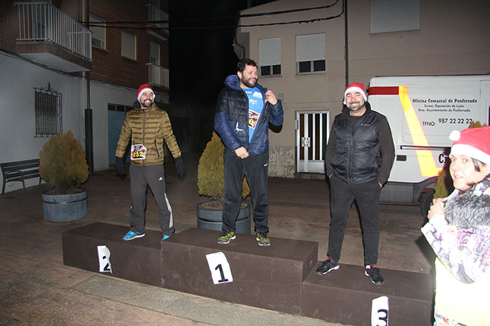 La tradicional carrera del turrón animó la Navidad de Cubillos del Sil 45