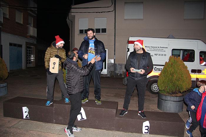 La tradicional carrera del turrón animó la Navidad de Cubillos del Sil 43