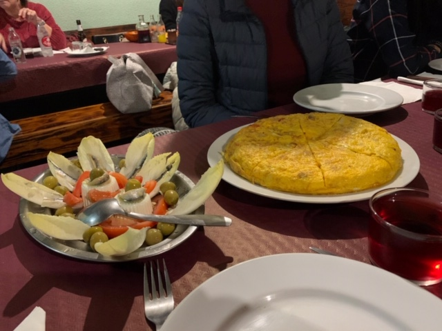 La antepenúltima cena en El Fielato 2