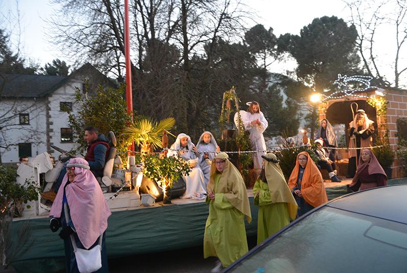 Sus Majestades los Reyes Magos de Oriente pasean por la ciudad en el tradicional desfile 2