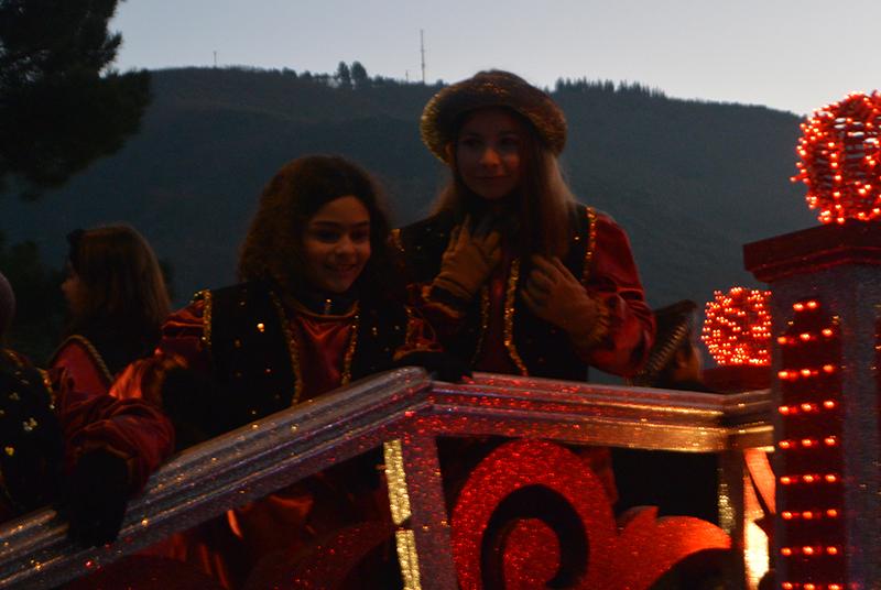 Sus Majestades los Reyes Magos de Oriente pasean por la ciudad en el tradicional desfile 10