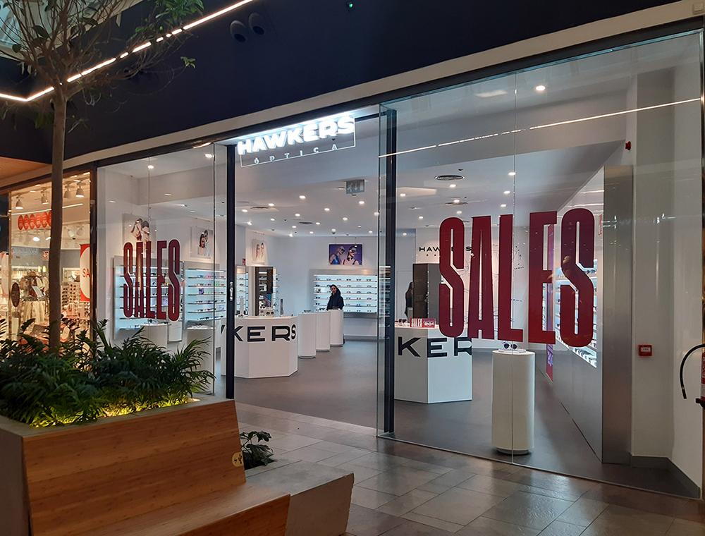 Hawkers abre su tienda en el Centro Comercial El Rosal 2