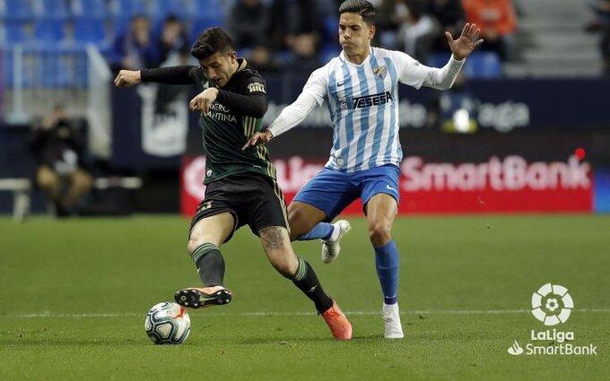 Un mal despeje le da un gol al Málaga que la Ponferradina no fue capaz de remontar 2