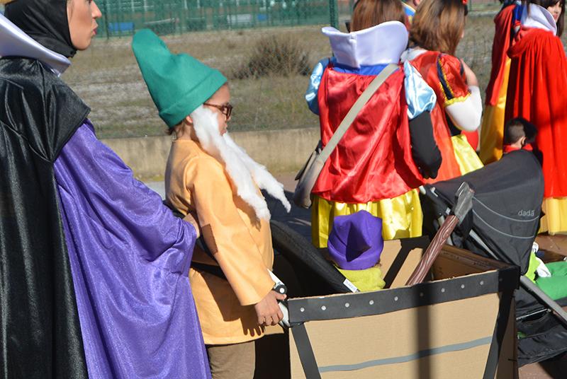 Ponferrada llena las calles de ilusión en el Carnaval infantil 2020 11