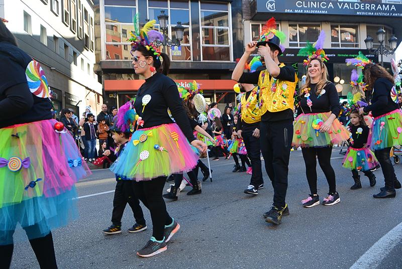 Ponferrada llena las calles de ilusión en el Carnaval infantil 2020 46