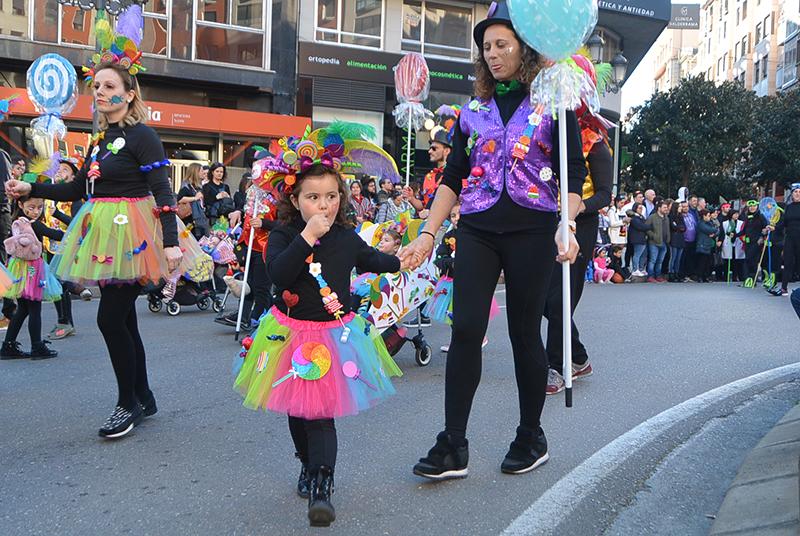 Ponferrada llena las calles de ilusión en el Carnaval infantil 2020 47