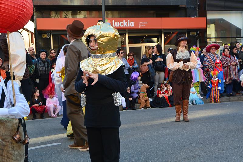 Ponferrada llena las calles de ilusión en el Carnaval infantil 2020 58