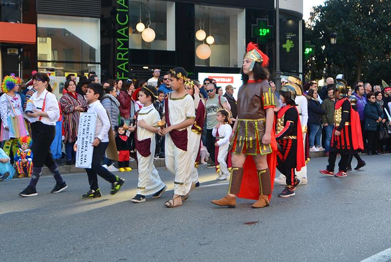 Ponferrada llena las calles de ilusión en el Carnaval infantil 2020 71