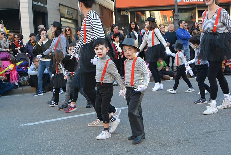 Ponferrada llena las calles de ilusión en el Carnaval infantil 2020 96
