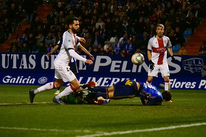 La Ponferradina endereza el rumbo y deja en casa tres merecidos puntos (3-1) 12