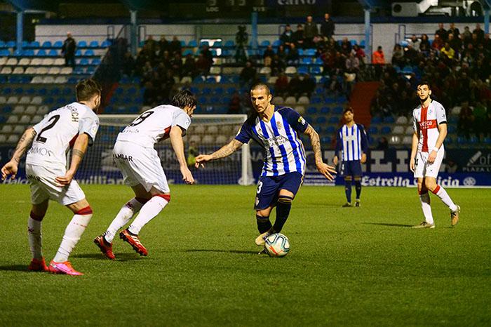 La Ponferradina endereza el rumbo y deja en casa tres merecidos puntos (3-1) 38
