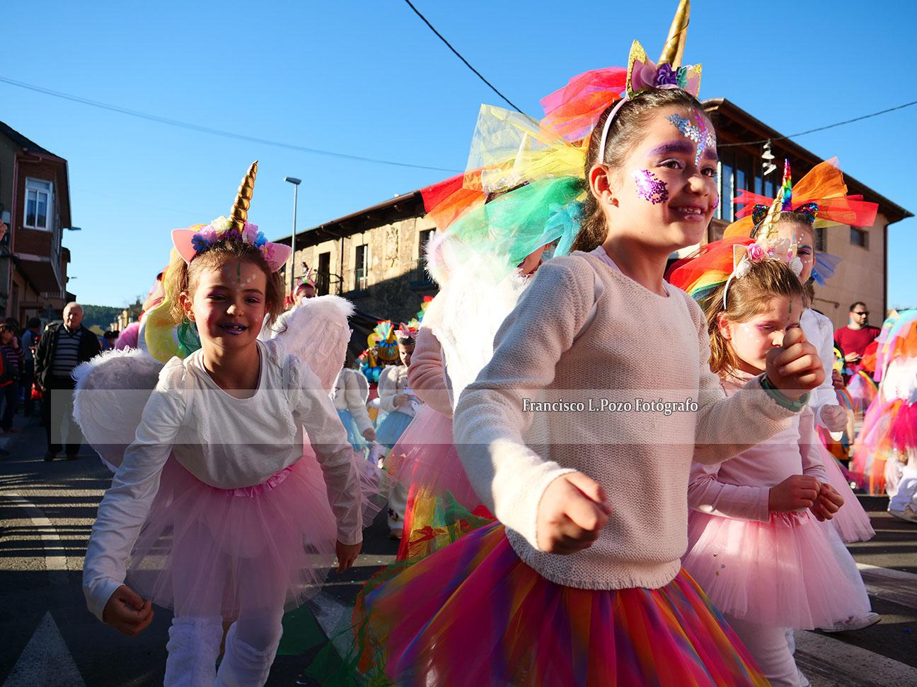Carnaval 2020: Camponaraya sale a la calle a ritmo de comparsa 19