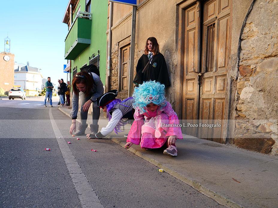 Carnaval 2020: Camponaraya sale a la calle a ritmo de comparsa 22