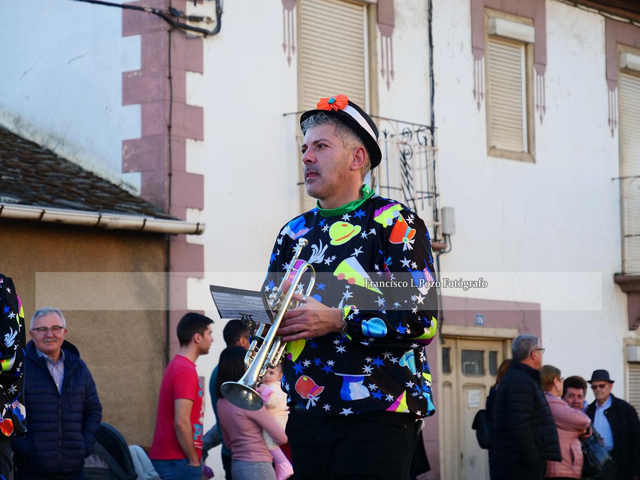 Carnaval 2020: Camponaraya sale a la calle a ritmo de comparsa 55