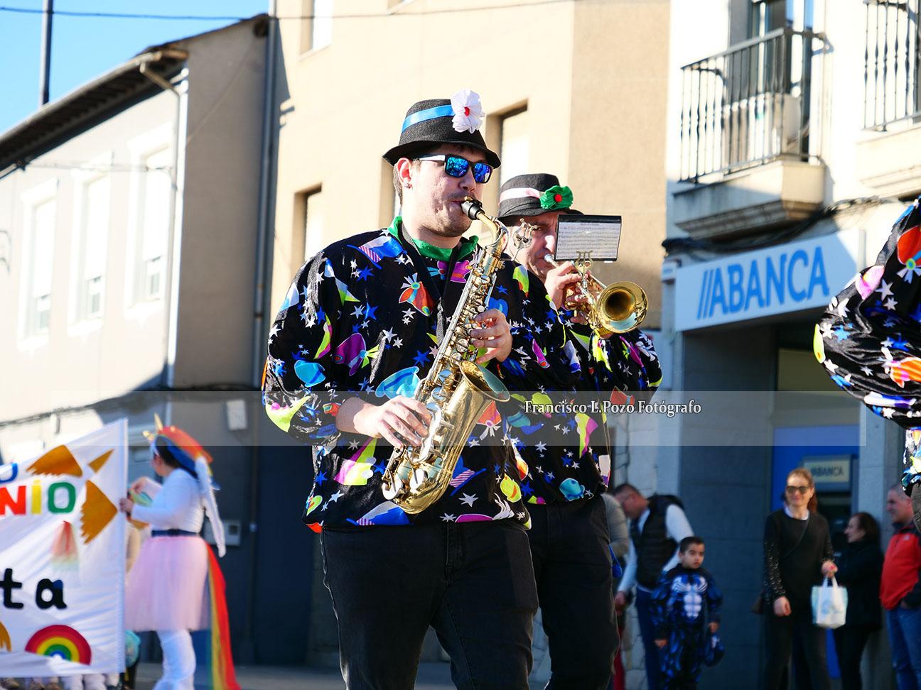 Carnaval 2020: Camponaraya sale a la calle a ritmo de comparsa 124
