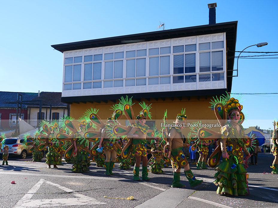 Carnaval 2020: Camponaraya sale a la calle a ritmo de comparsa 135