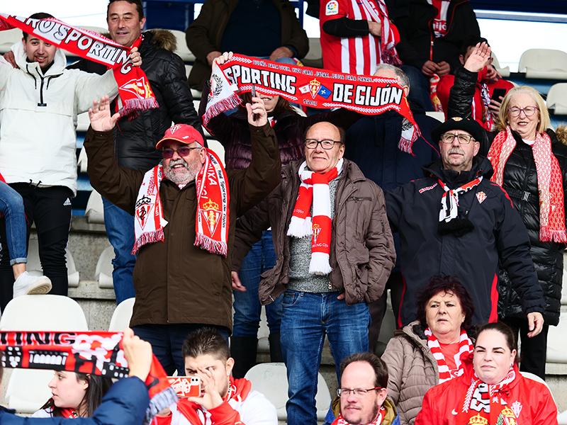 El álbum del partido Ponferradina - Sporting (1-0) 30
