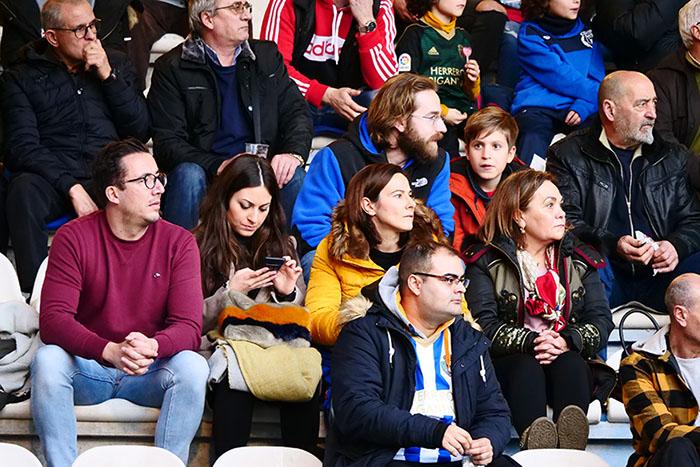 FOTOGALERÍA // La grada de El Toralín disfruta de una tarde de victoria ante el Huesca 108